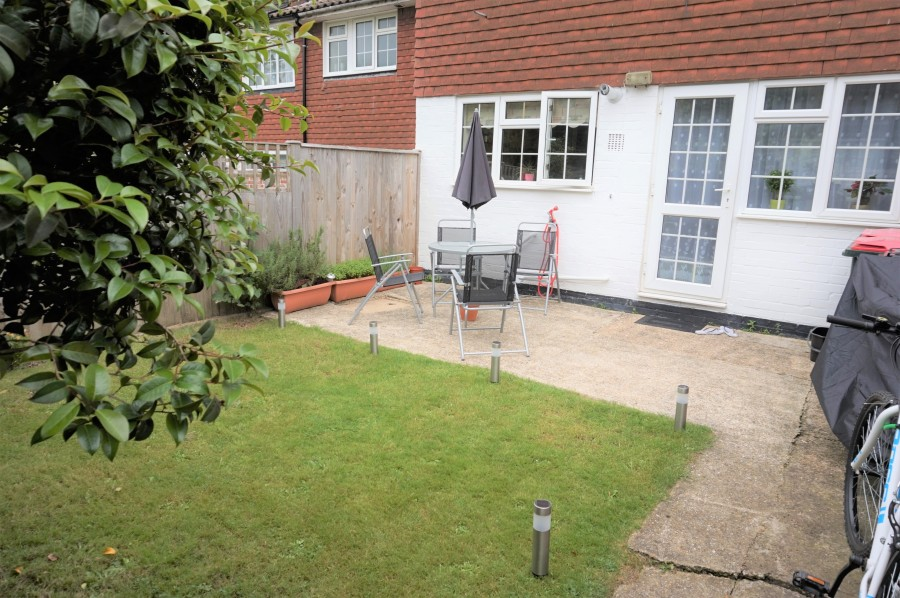 Images for Lyndhurst Close, Crawley